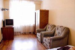 Квартира эконом класса на проспекте Мира посуточно в Киеве