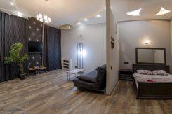 Однокомнатная квартира на ул. Прорезная в центре Киева посуточно